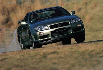 Nissan-Skyline GT-R V-spec II
