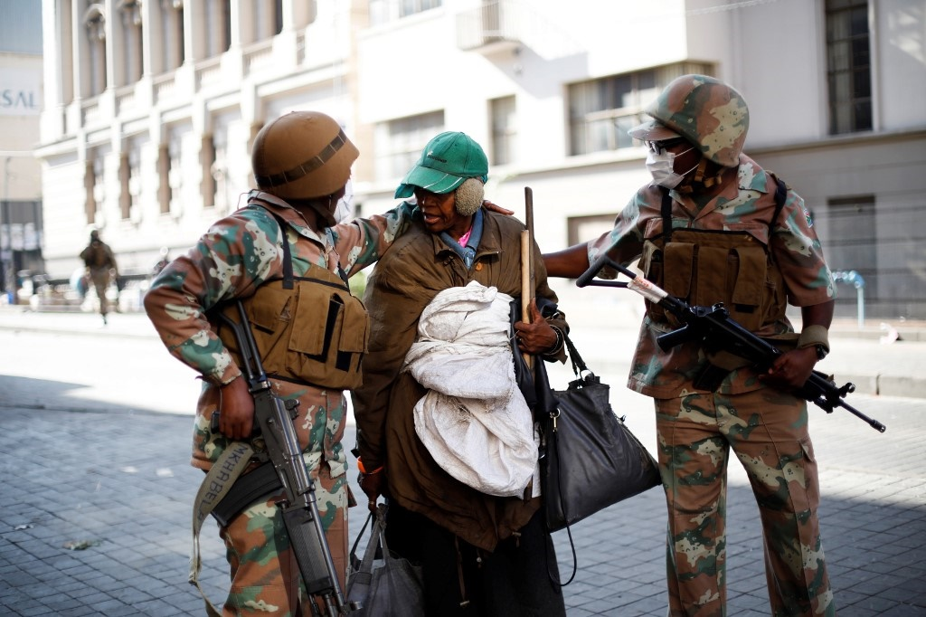 Soldiers of the South African National Defence For