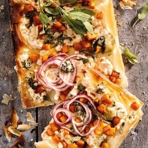 Phyllo pastry pizza with butternut and blue cheese. (Photo: Jacques Stander)