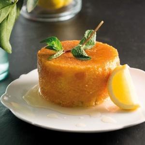 PHOTO: Lemon drizzle pudding