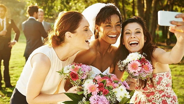 Should social media have a part in your wedding?