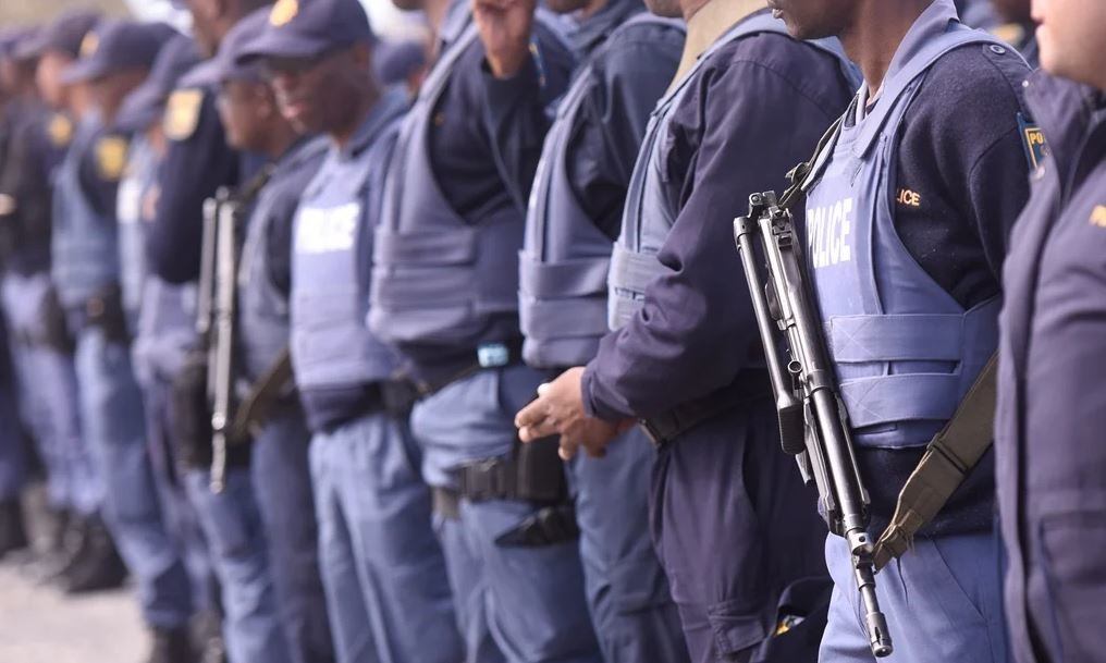 Four arrested for stoning to death off-duty Cape Town police officer - News24