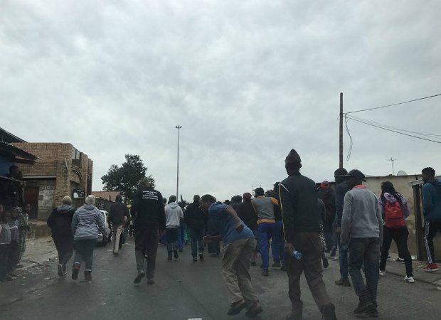 A small group of residents making their way to Sandton. (File, Canny Maphanga, News24)