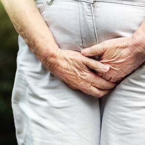 Urinary incontinence in older women