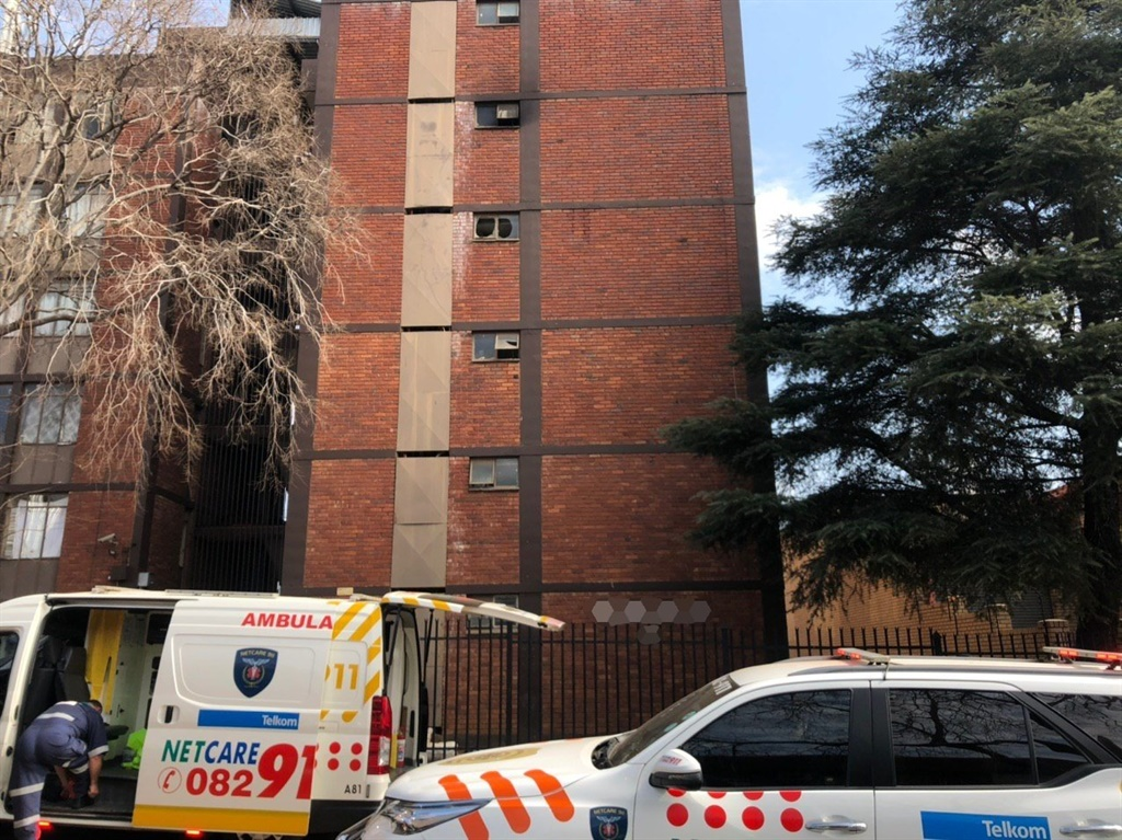 Pretoria man falls 5 floors to his death while trying to escape fire - News24
