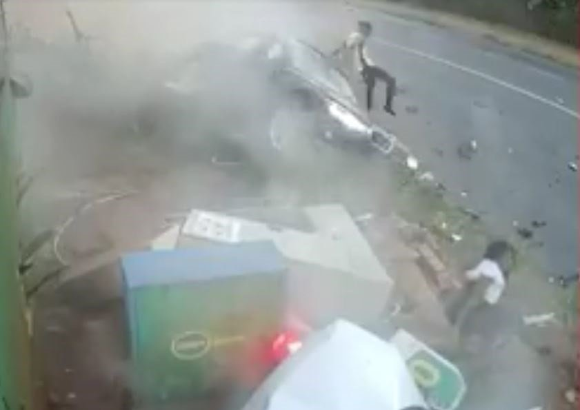 Watch Woman Ejected During Crash Daily Sun