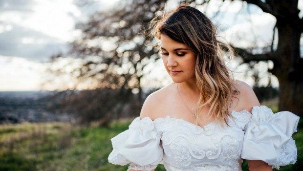 705342c9533 Grieving bride wears her late mom s wedding dress as a surprise for her dad