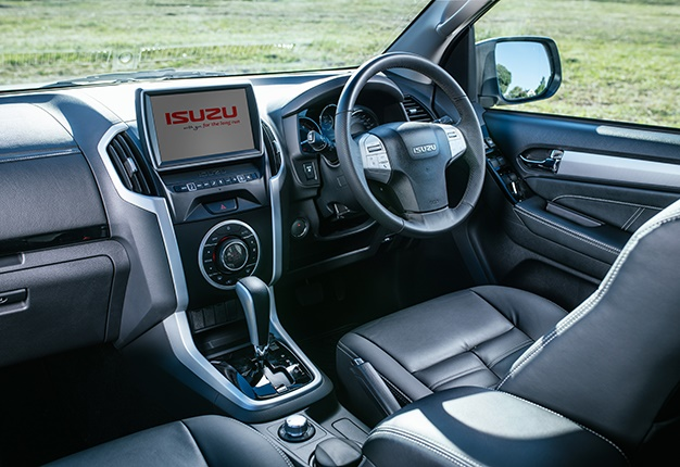New Suv From Isuzu Here S How Much The Mu X Costs In Sa Wheels24