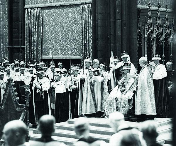 Die kroning van Edward se broer koning George VI i