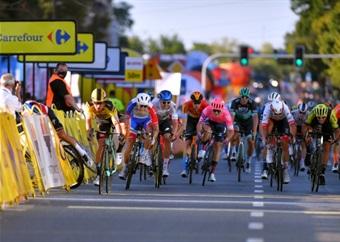 Groenewegen to make return from ban at Giro d'Italia