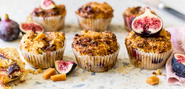 freshly baked beautiful fig & caramel muffin recip