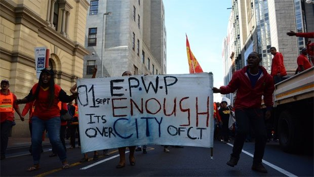 Protestors make their way through the streets of Cape Town. <br />