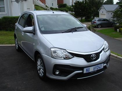 Etios Sprint 1.5 Hatch