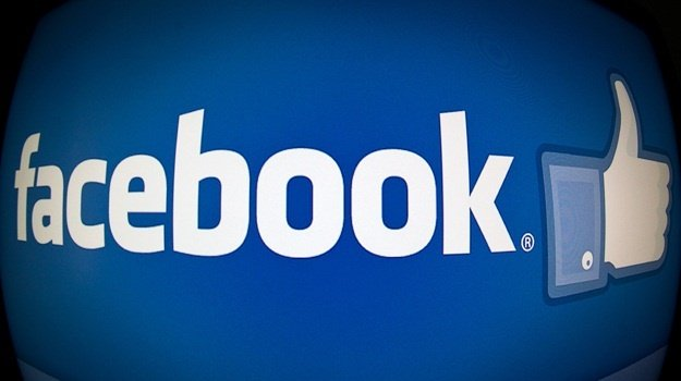 Facebook tests 'dislike' button for comments