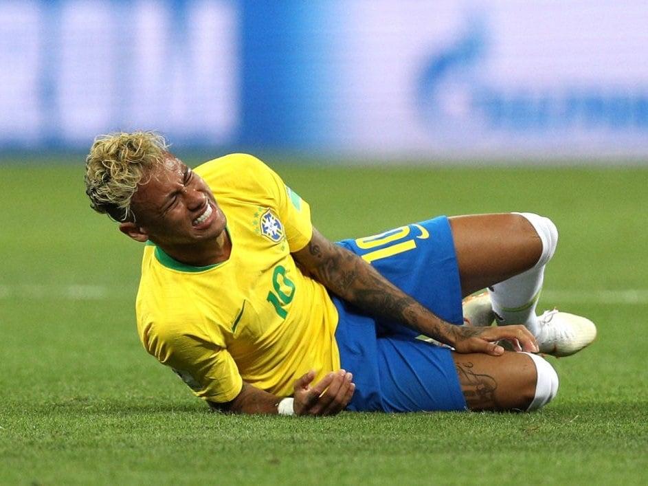 Neymar Mexico Foul