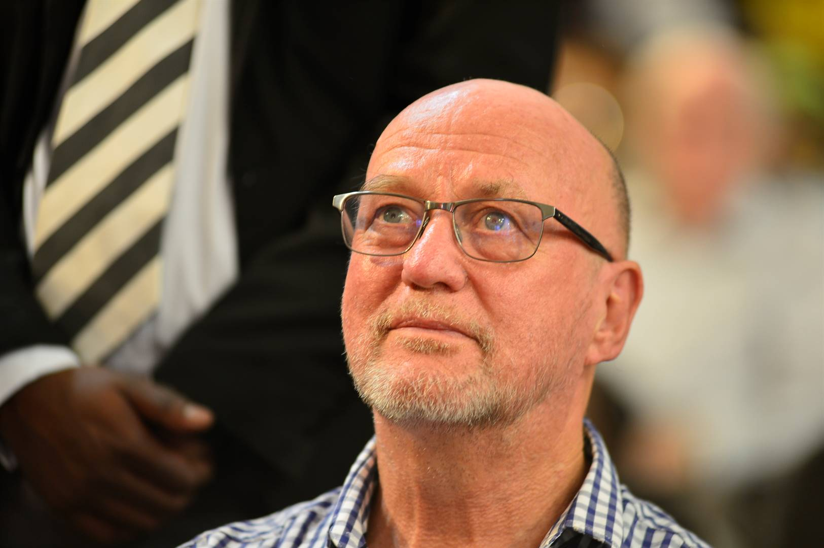 Derek Hanekom welcomed the recent surge of arrests by the Special Investigating Unit and the Hawks of those suspected of looting Covid-19 funds.