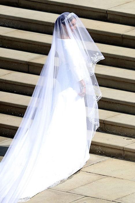 royal wedding Meghan's wedding dress and nigeria g