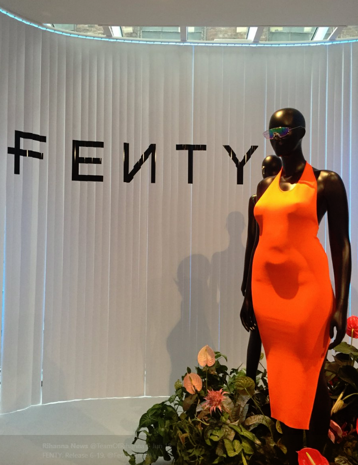 RIHANNA'S FENTY USES PLUS SIZE MANNEQUIN IN SHOW