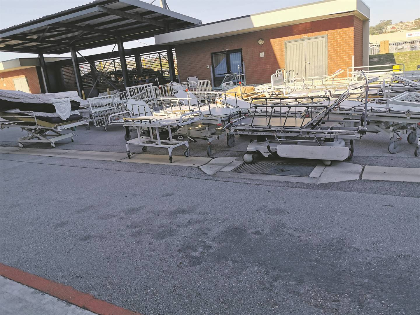 Dirty laundry abandoned in hospital corridors in Port Elizabeth. Pictures:  Lubabalo Ngcukana/City Press