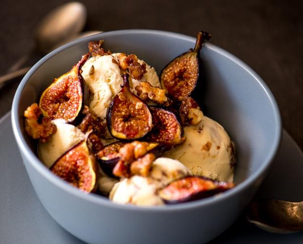roasted fig and walnut ice cream