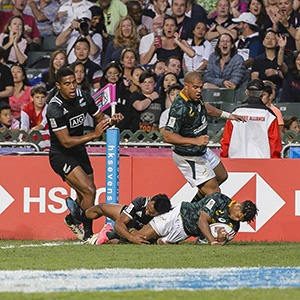 Dewald Human scores during the 2018 Hong Kong Sevens Bronze Medal match against New Zealand (Getty Images)