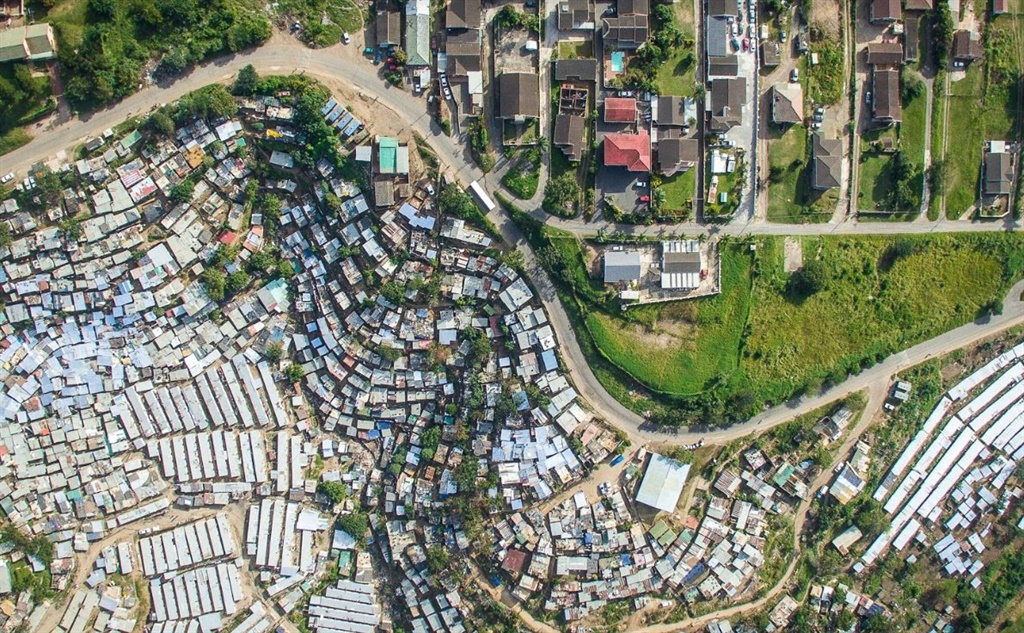 This shot of an area of Durban is part of a series of images depicting inequality around the world. (Johnny Miller. Instagram:@johnny_miller_photography)