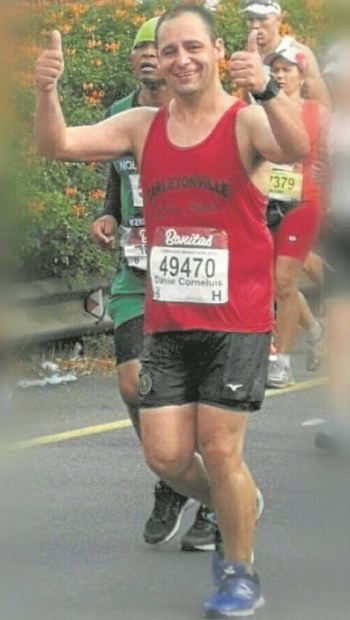 Daniel de Wet completed his seventh Comrades Marathon after surviving a serious mining accident where his body was penetrated by a 1.8-metre metal industrial crowbar in 2015.