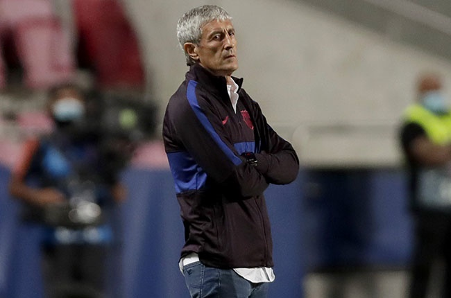 Barcelona coach Quique Setien looks on during the Champions League quarter-final against Bayern Munich in Lisbon on 14 August 2020.