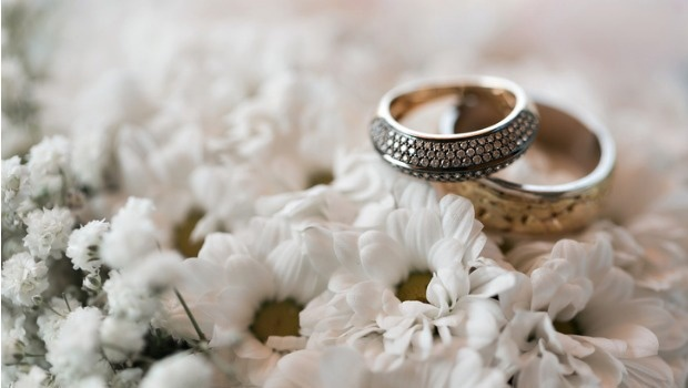 Wedding vow renewals - could they be what your marriage needs?