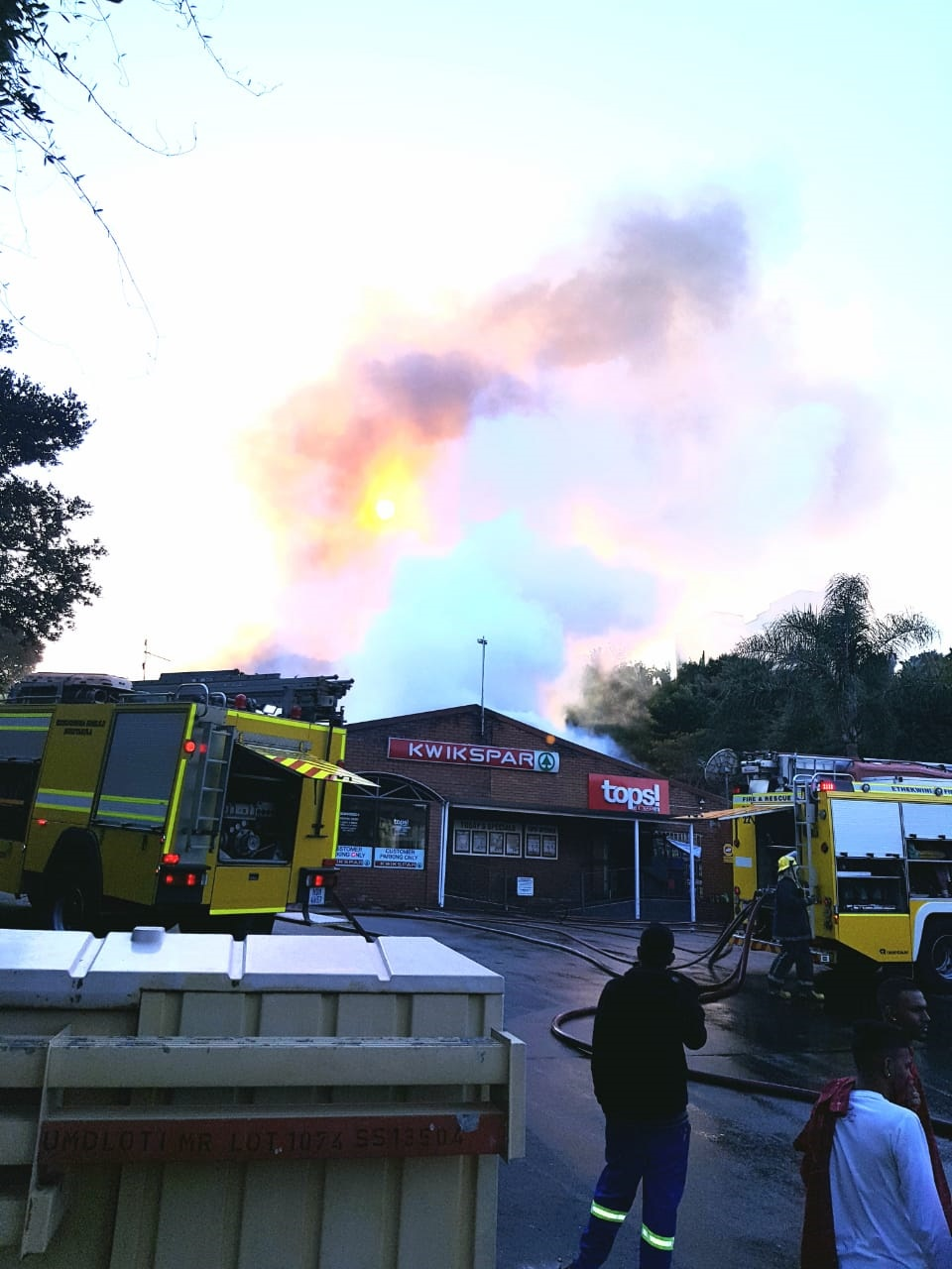 The KwikSpar complex in Umdloti on fire on Monday morning