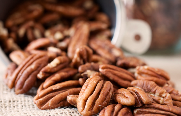 bowl of pecan nuts
