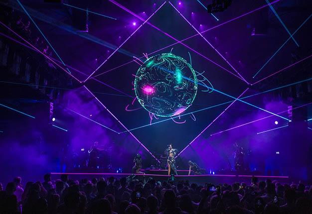 Jag_The_PACE_Dua_Lipa_Live_Performance