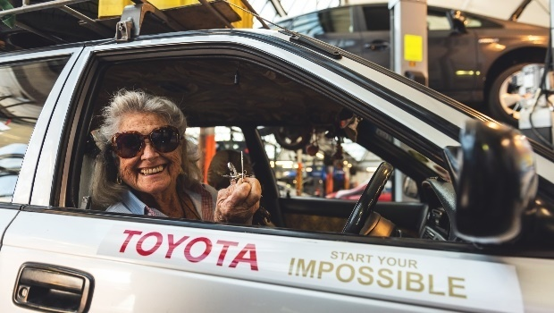 Octogenarian Toyota fan completes a solo grand tour from South Africa to London in her Conquest