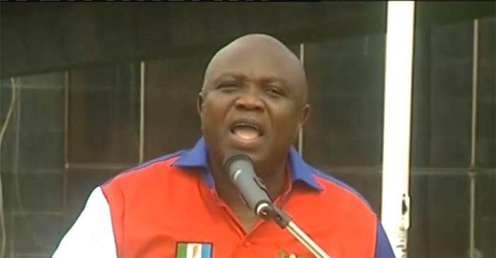 Akinwumi Ambode addresses press conference on Sund