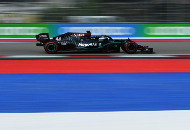 Lewis Hamilton on track during final practice ahead of the F1 Grand Prix of Russia at Sochi Autodrome. Image: Dan Mullan / Getty.