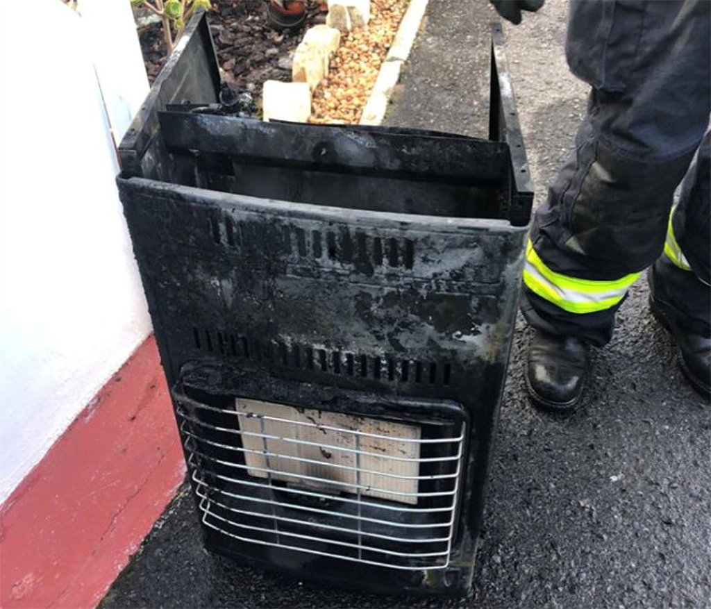 Woman hospitalised after gas heater catches fire at Noordhoek retirement village - News24