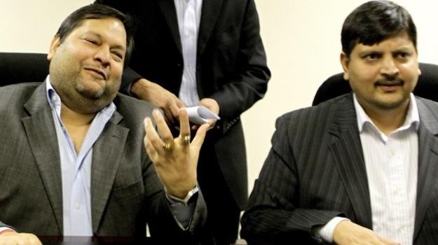 Brothers Ajay and Atul Gupta.  (Netwerk24)