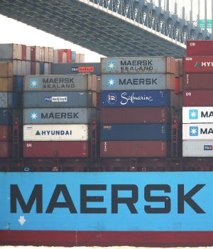A cargo ship owned by Maersk arrives into New York harbour in New York City. (Photo: File,  Spencer Platt, AFP)