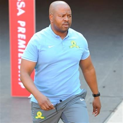 Pitso short on staff as Sundowns release assistant coach