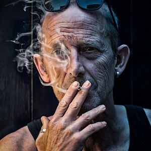 why smoking makes you look old  health24