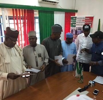 PDP presidential aspirants sign peace accord