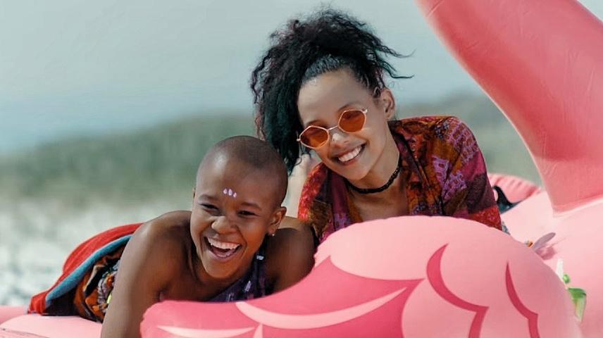 Nicole saam met Shalima Mkongi. Foto: Rage/Showmax