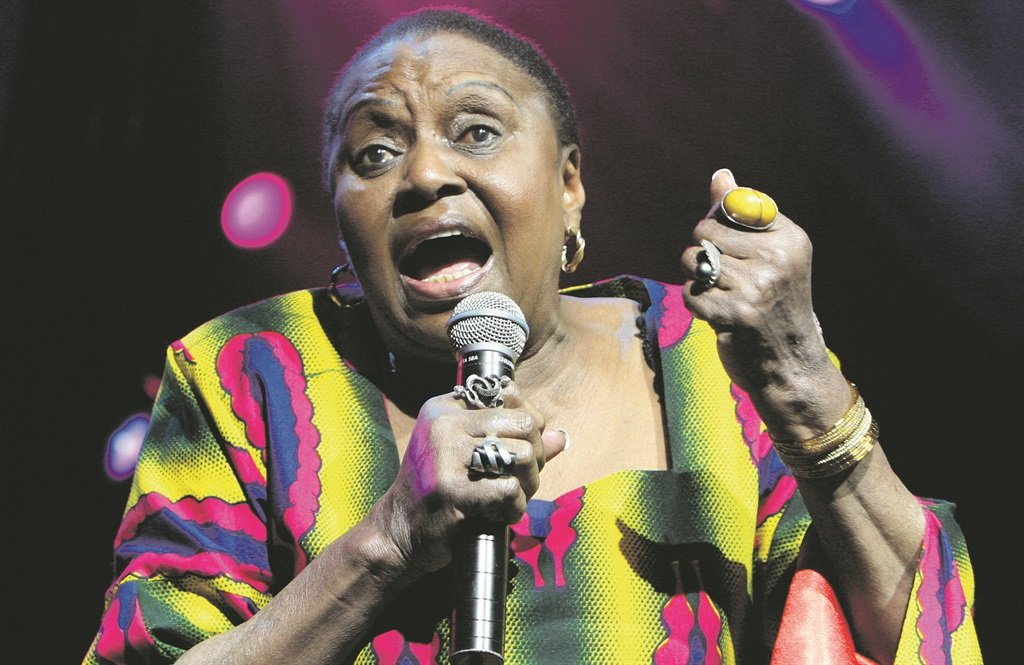 Miriam Makeba died of a heart attack at midnight Italian time on November 9 after performing at a concert for Roberto Saviano, a journalist threatened with death for exposing the mafia in that country