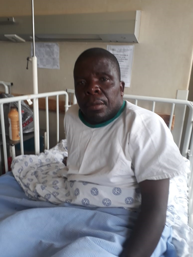 News24.com | PICS | Traditional healer rescued after being trapped for 5 days on Limpopo mountain