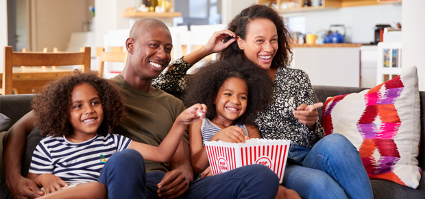 showmax dstv now family holiday watch