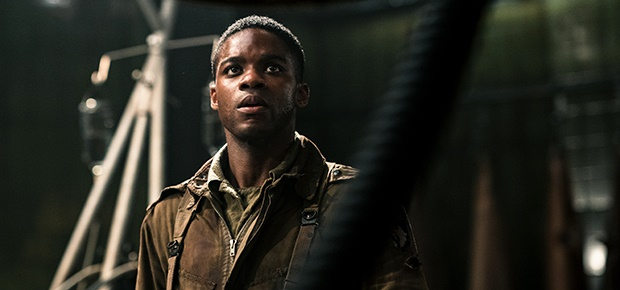 Jovan Adepo in the movie Overlord.