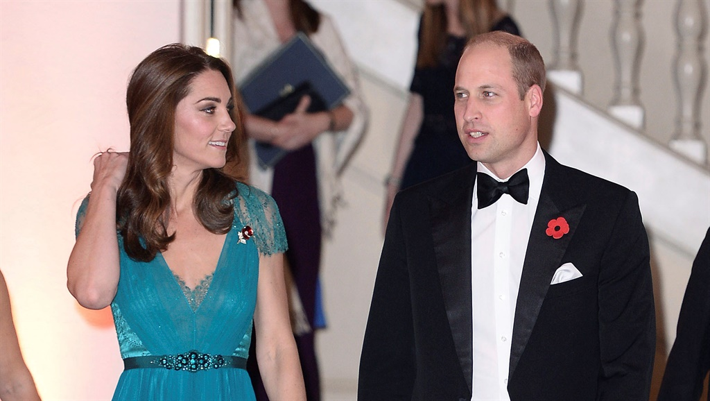 "Royals fans celevrate Kate Middleton wearing their ""favourite"" teal dress again."