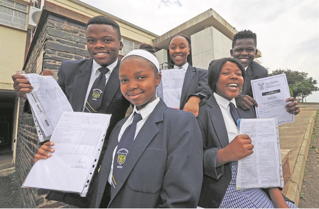 Haythorne Secondary matrics Amanda Nene, Nosihle Mkhize, Ayanda Dladla, Thandolethu Mkhize and Luyanda Ndaba said Zulu paper three was the easiest paper they had written thus far. PHOTO: ian carbutt