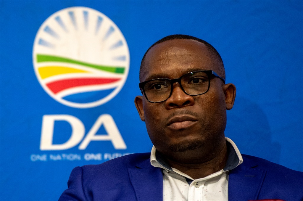 Western Cape DA gears up for yet another leadership battle - News24