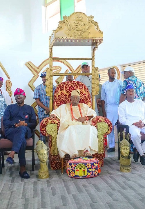 Sanwo-Olu and his deputy, Femi Hamzat with Oba Ido